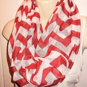 Accessories - 5/$25 Red and White Chevron infinity scarf